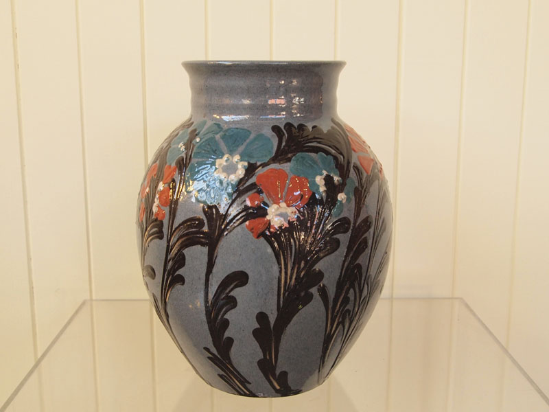 KAHLER CERAMIC VASE Ceramic Objects