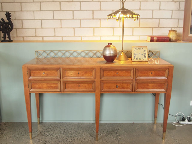 Italian sideboard attributed to Paulo BuffaStorageFurniture